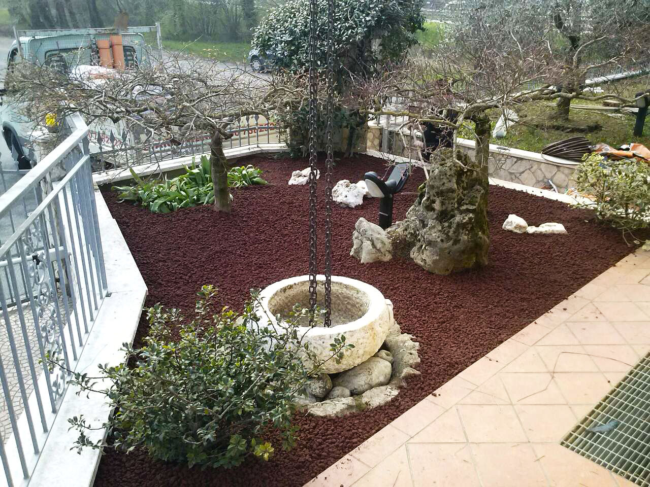 Giardini moderni amazing giardino allinglese with - Piccoli giardini moderni ...